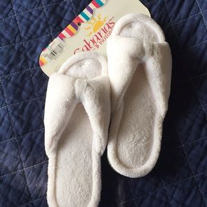 NWT Cabana slippers